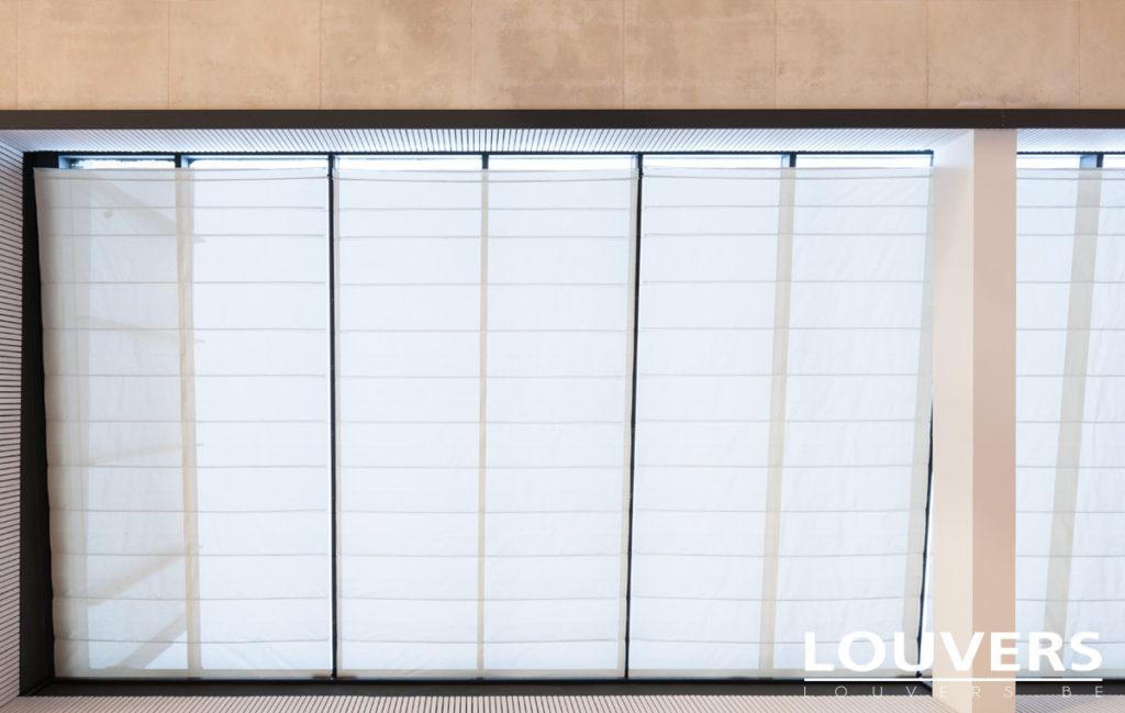 winterthuin zonwering voor horizontale venster