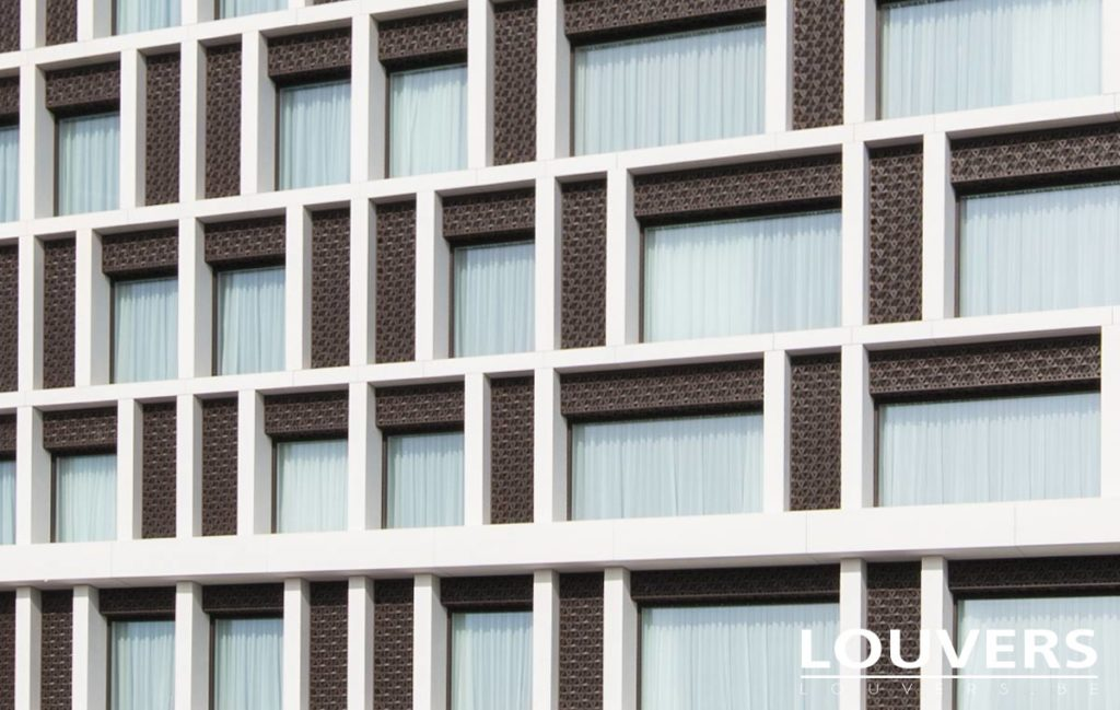 voiles Louvers hotel Radisson bruges