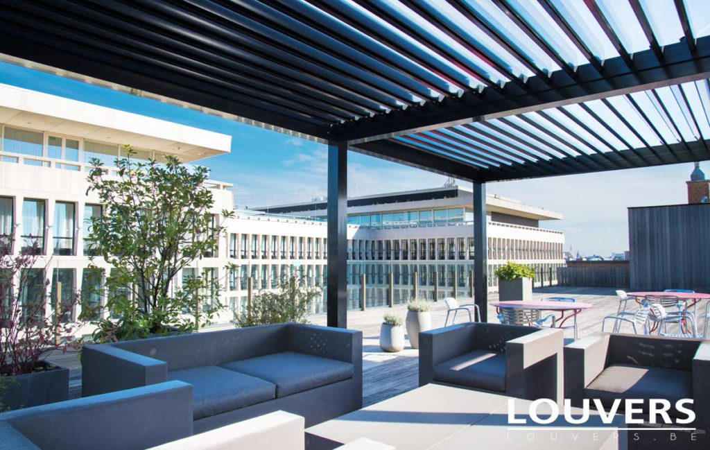 veranda bioclimatique louvers