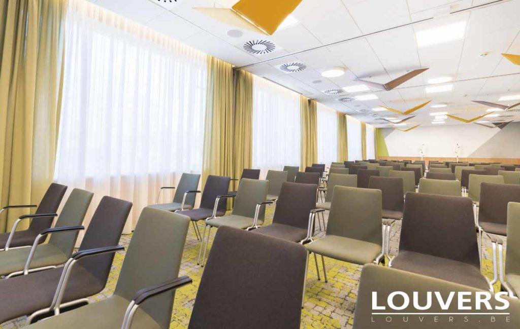 salle de conférence tentures voiles Louvers